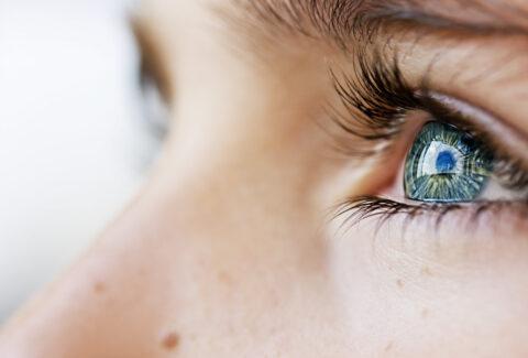 Desensibilizzazione-e-Rielaborazione-attraverso-i-Movimenti-Oculari-(EMDR)-